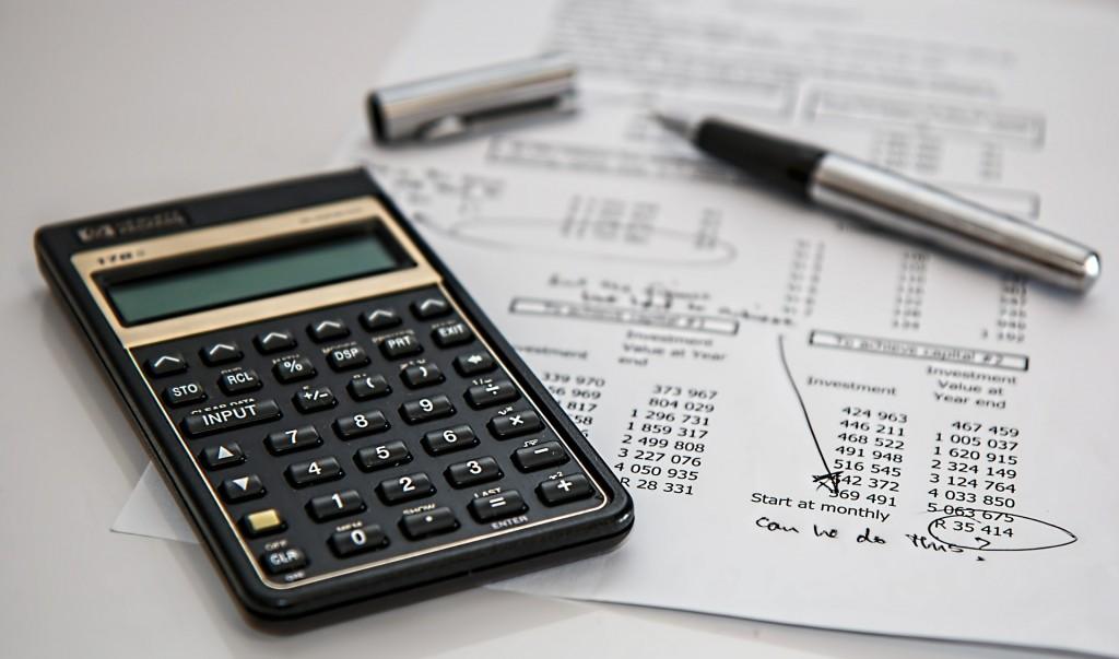 как да спестим данъци със застраховка